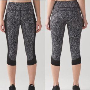 Lululemon Fit Physique cropped legging black 12 A3